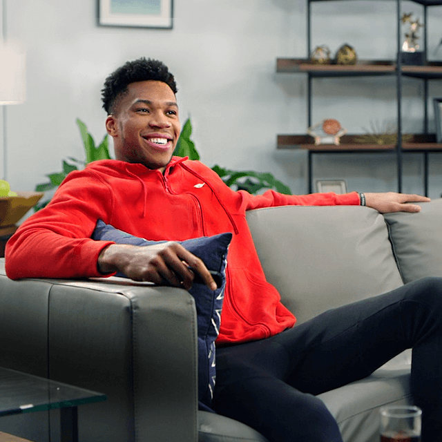 TCL and NBA Superstar Giannis Antetokounmpo Deliver Unmatched Performance in Latest Marketing Campaign