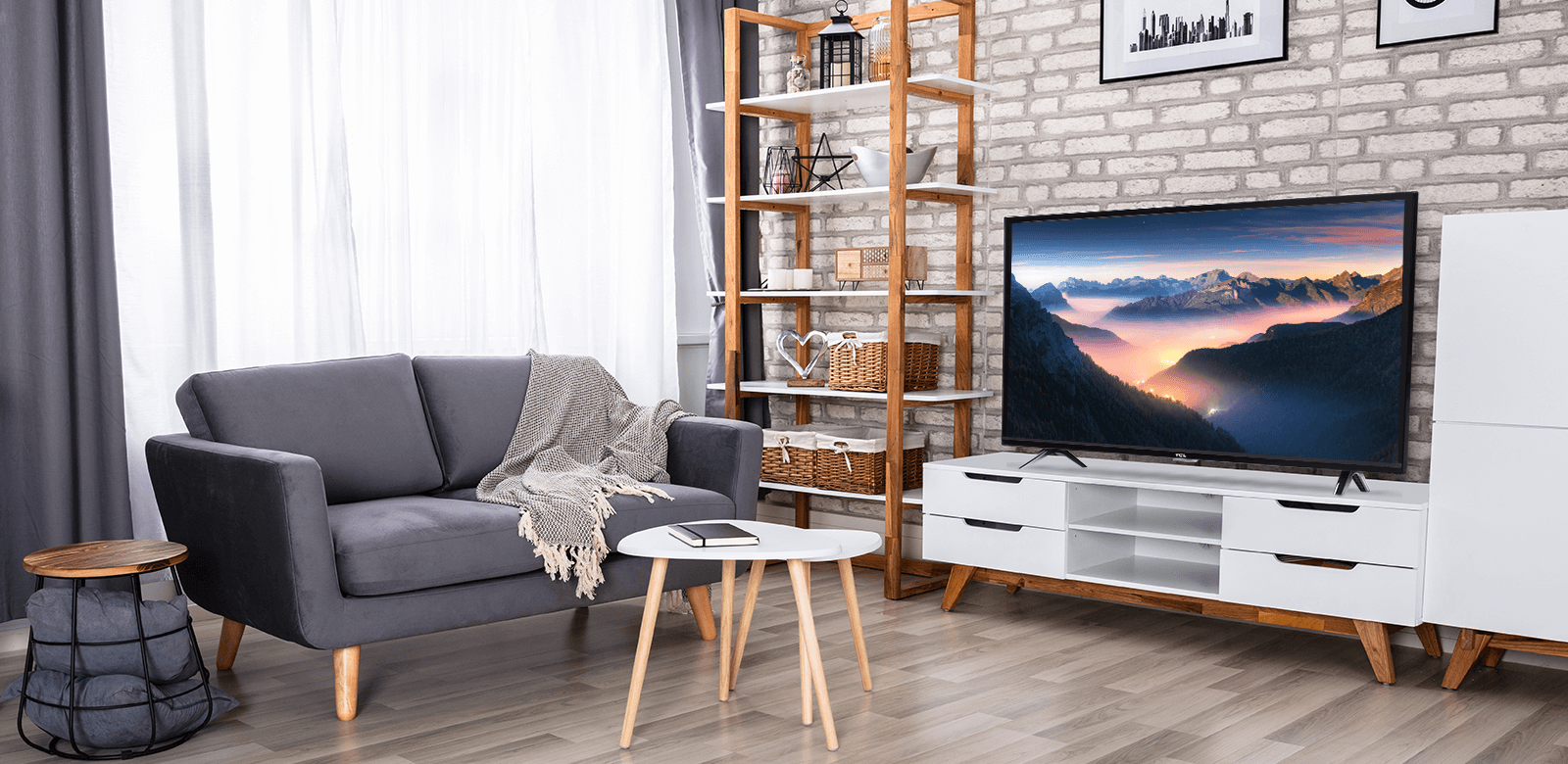 TCL 3-Series lifestyle
